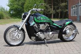 Suzuki M 1800
